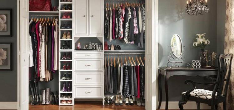 Tips On Arranging A Small Closet